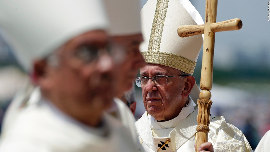 Pope-francis-in-equador